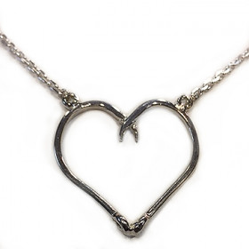 DOUBLE HOOKED HEART NECKLACE